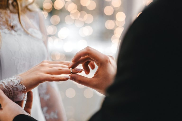 Is There a Right Time for Giving Your Partner a Promise Ring?