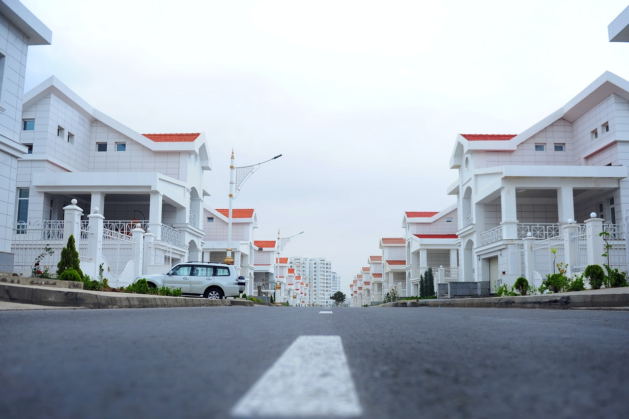 houses adjacent to each other