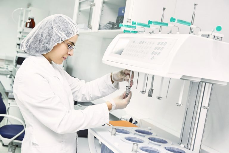 5 Safety Hazards in Pharmaceutical Workplaces and How to Avoid Them